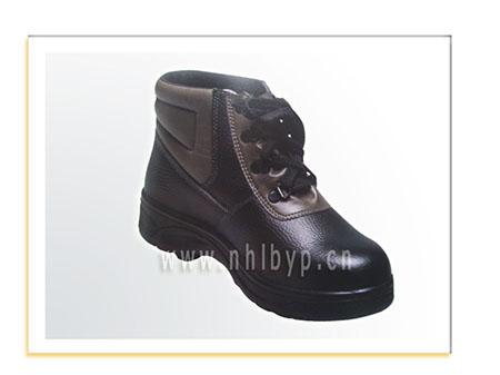 NH-110聚脂底防砸耐油(防酸碱,6KV绝缘)皮鞋